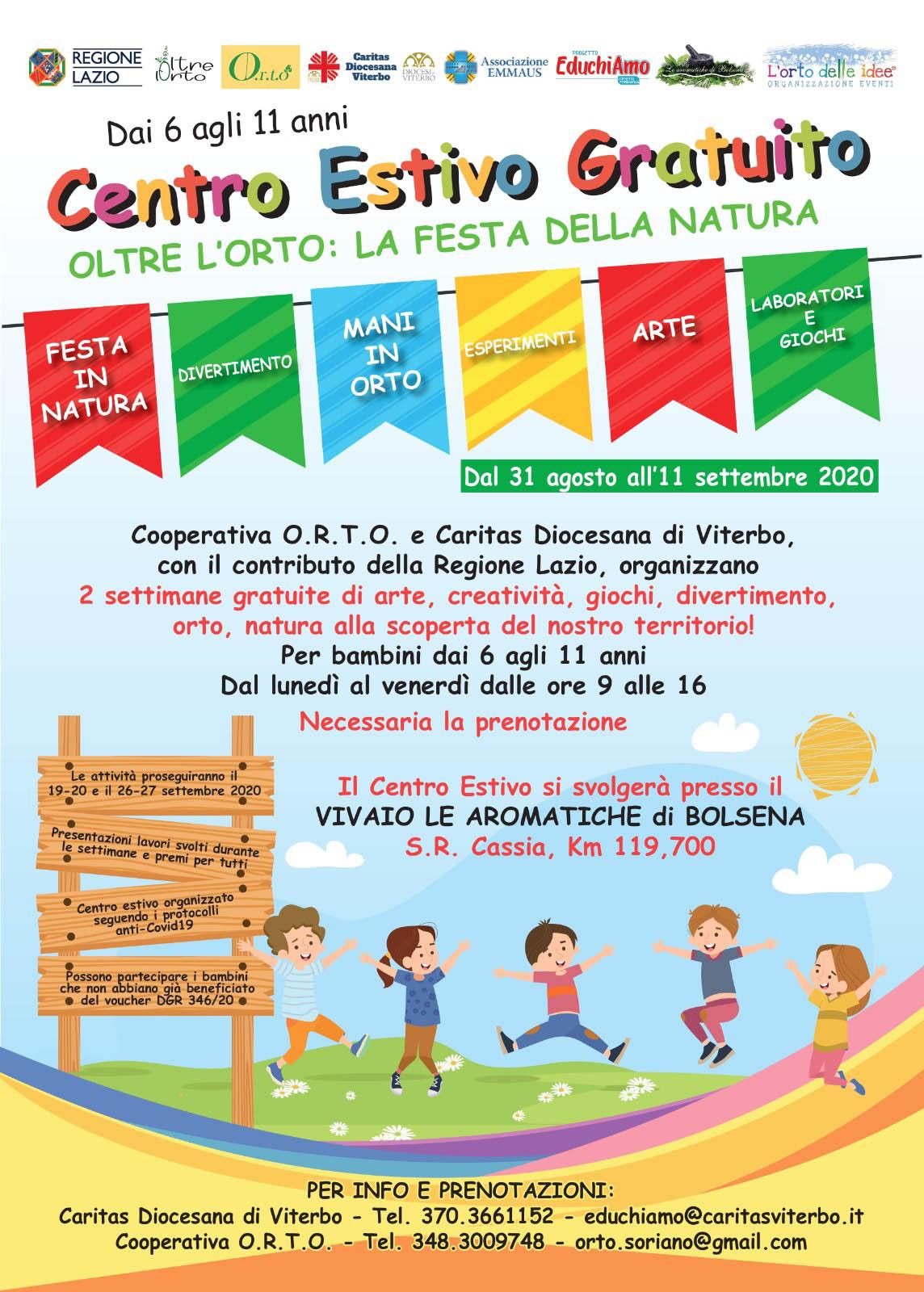I bambini giocano nell'orto con il campo estivo della Caritas